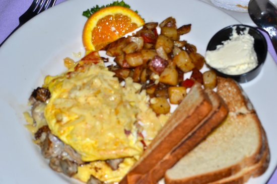 Caroline's Dining on the River: Oyster Omelet with Smoked Gouda
