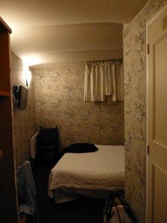 Hotel Villa Rivoli: chambre sous-sol