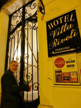 Hotel Villa Rivoli : entrée de l'hotel