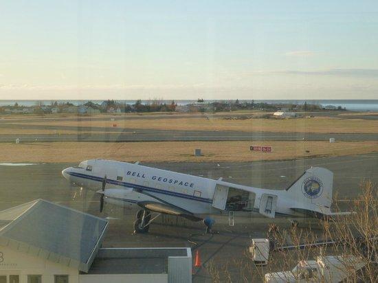 Icelandair Hotel Reykjavik Natura: Regional airport in the back