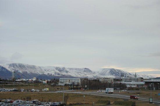 Icelandair Hotel Reykjavik Natura: The mountains