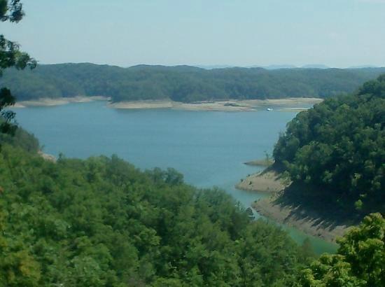 Cumberland Lodge Motel: View of Lake Cumberland