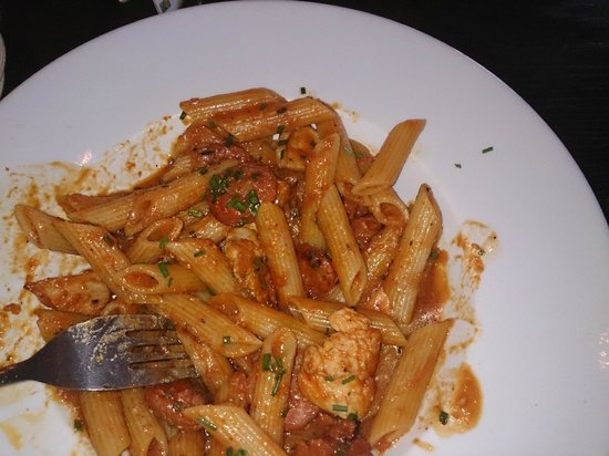 Mercado Tapas: Chicken and chorizo pasta!!!