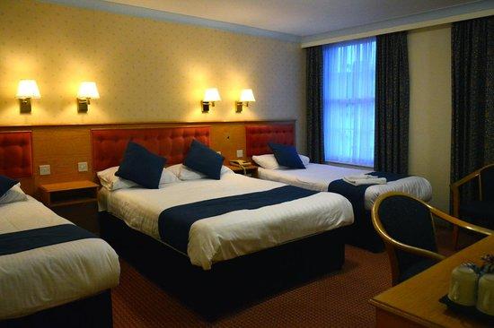 TLH Derwent Hotel: Room facing road still quiet