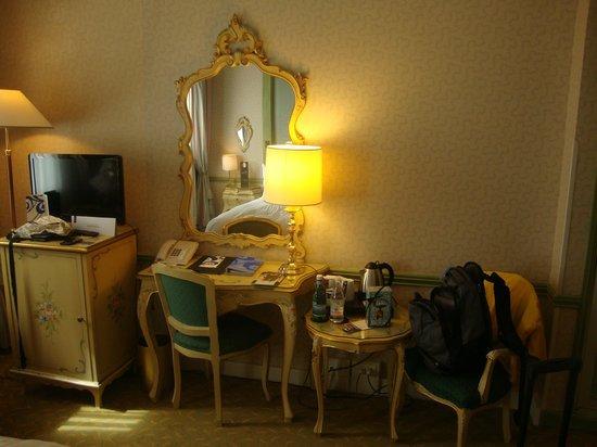 Hotel Papadopoli Venezia MGallery by Sofitel: Vista interna