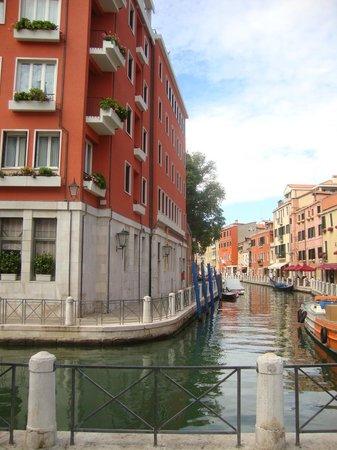 Hotel Papadopoli Venezia MGallery by Sofitel : Vista lateral