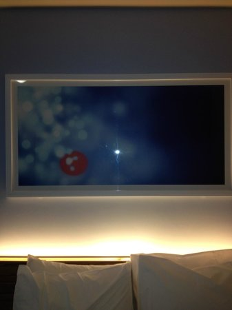 Travelodge Manchester Central Arena: picture behind the bed 11/13