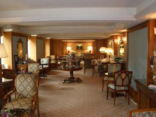 The Ritz-Carlton New York, Central Park: Club Lounge