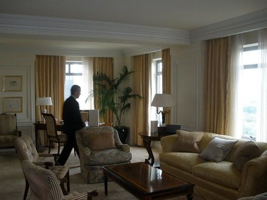 The Ritz-Carlton New York, Central Park: Presidential suite living room