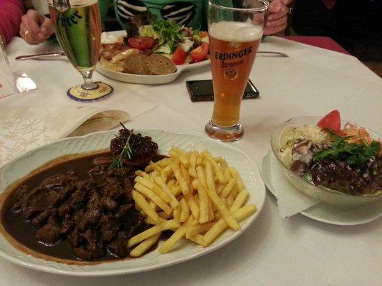 Weinhaus Happ: Caça com Batatas
