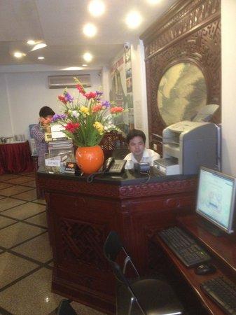 Hanoi Serendipity Hotel : HALL  DE  L'HOTEL