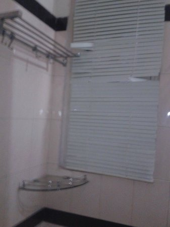 JMD Residency : shower