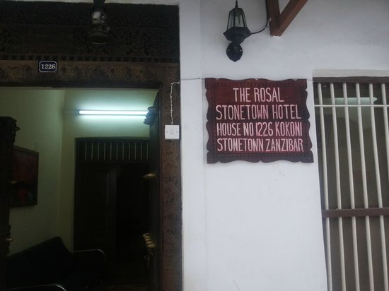 The Rosal Stone Town Hotel : Entry Door