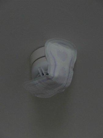 Travelodge Birmingham Central Moor Street: Feminine hygiene product on the smoke detector in my room