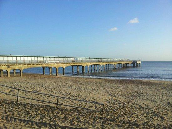 Carrington House Hotel : Boscombe pier. Short walk from hotel.