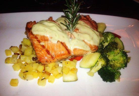 Panevino: Salmon (Group Meal)