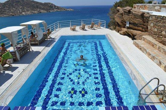 Ios Palace Hotel: piscina superiore