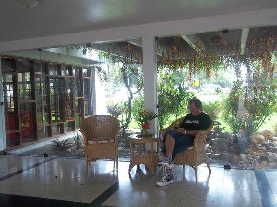 Oceano Praia Hotel: area de descanso del hotel