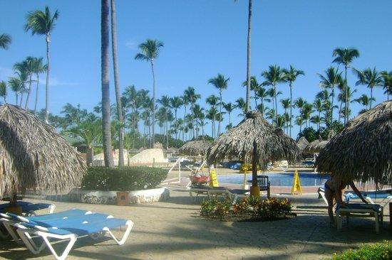Sirenis Punta Cana Resort Casino & Aquagames: Vista piscina