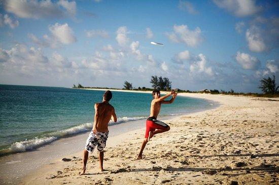 The Meridian Club Turks & Caicos: Frisbee anyone?