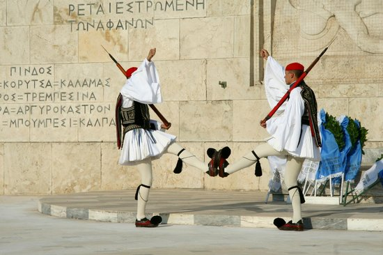 Platia Syntagmatos: Parade 13