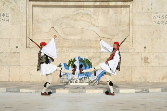 Platia Syntagmatos: Parade 14