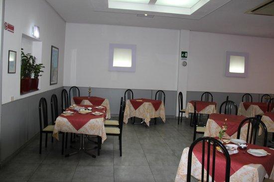 Hotel Eufemia : sala da pranzo e prima colazione