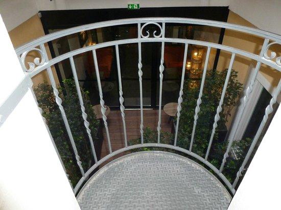 Hotel Atmospheres : calme et sereine comme vue de chambre