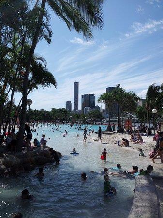 เซาธ์แบงค์ปาร์คแลนด์: la piscine