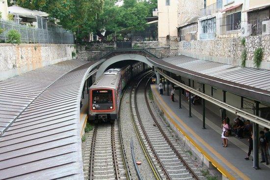 Monastiraki: U-Bahn