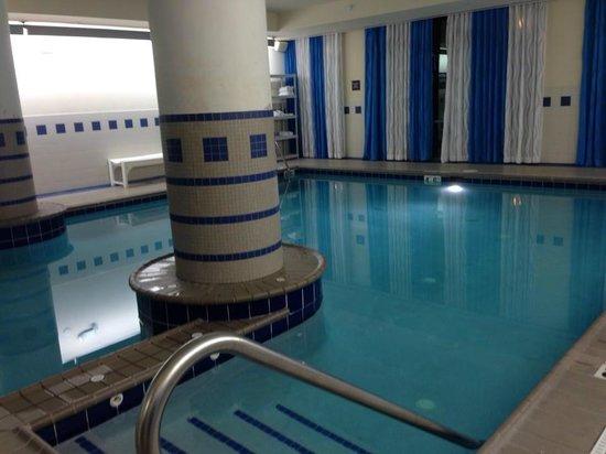 Hampton Inn Virginia Beach-Oceanfront South: pool