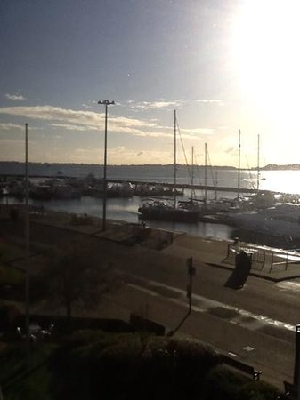 Thistle Poole: Sunny day over Poole Quay....room with a view