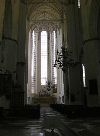 Sankt Marien Kirche: Elegant Window