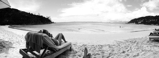 Four Seasons Resort Seychelles: beach