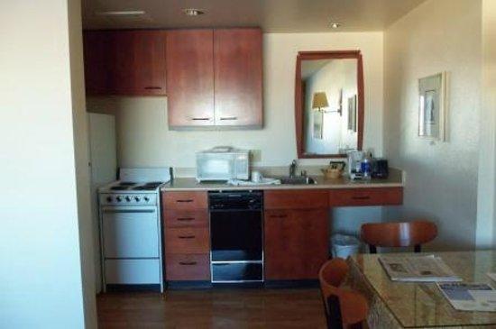 Anchorage Grand Hotel : Kitchen