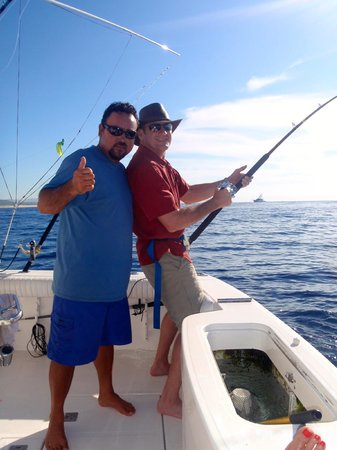 Pisces Sportfishing: Catching a big one!