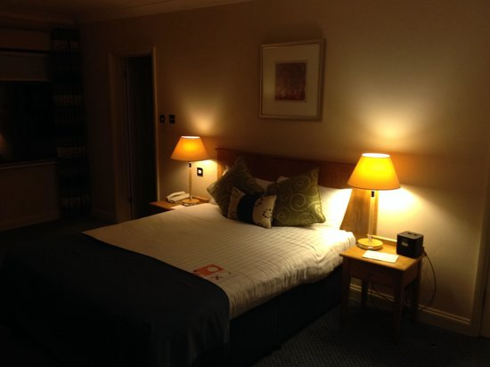 Oxford Spires Hotel: Nice room