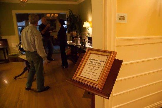 Hotel Drisco: Evening Wine Reception