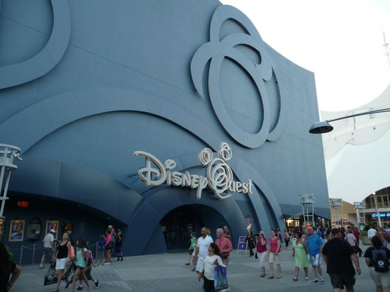 DisneyQuest Indoor Interactive Theme Park : outside