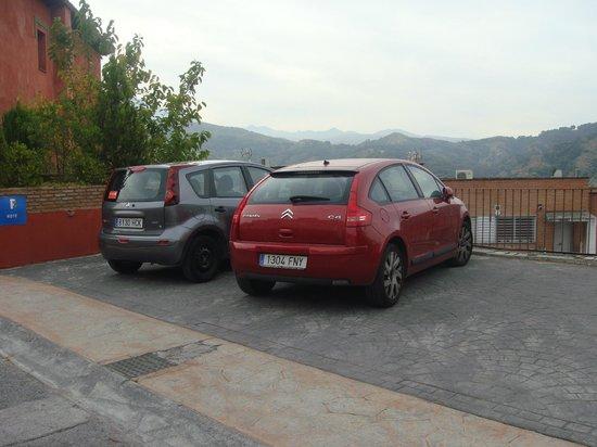 Hotel Cerro Del Sol : Parking