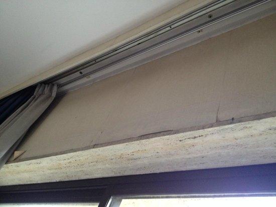 Club Hotel: moisissure sur le plafond