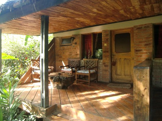 Moyoni Lodge: Entrée terrasse chambre