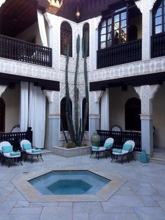 La Sultana Marrakech: another of the linked riads
