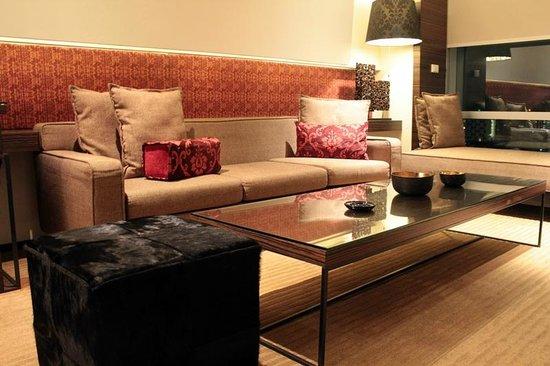 Le Méridien Bangkok: Avantec Suite_Living Room