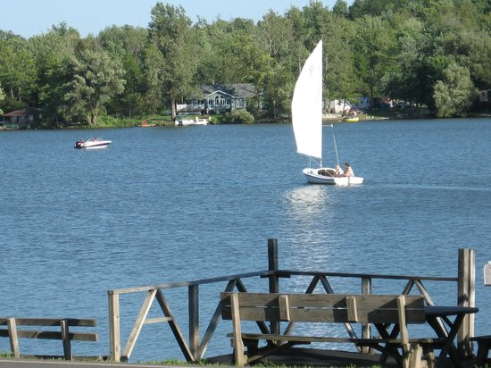 Mariaville, NY: Many Lake activities are available