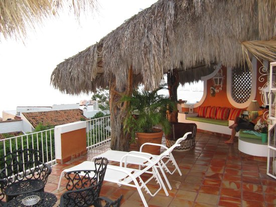 Casa de los Arcos : The terrace in Casa Palapa.