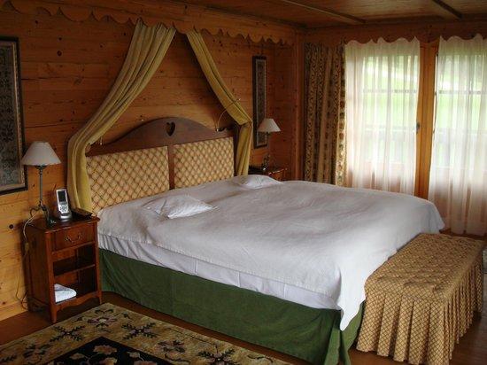 Riffelalp Resort 2222 m : Zimmer im Chalet