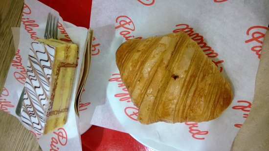 Paillard : Croissant and mille-feuille
