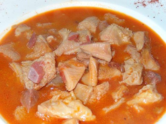 Hotel Restaurante Marroncin: Los artesanales callos son una delicatessen gastronómica.