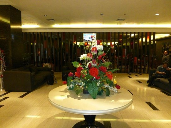 Maqna Hotel: lobby on 4th floor